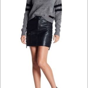 💕NWT💕 ROMEO & JULIET COUTURE FAUX LEATHER SKIRT